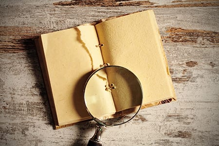 picture of a magnifying glass to represent the idea of search seo ppc